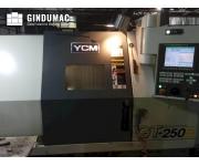 Torni automatici CNC YCM Usato