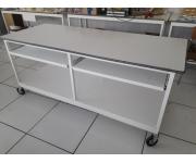 Arredamento / Macchine da ufficio tavoli da lavoro Usato