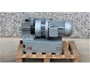Varie Pompa rotativa a palette lubrificata a olio RIETSCHLE VCA 100 Usato