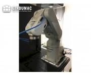 Robot industriali mitsubishi Usato