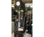 Strumenti e macchine di misura e controllo wilson Usato
