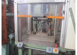 Vendita presse oleod idrauliche z usato for Vendita presse usate