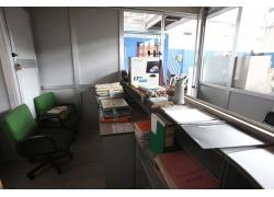 Vendita arredamento macchine da ufficio usato for Arredamento usato padova